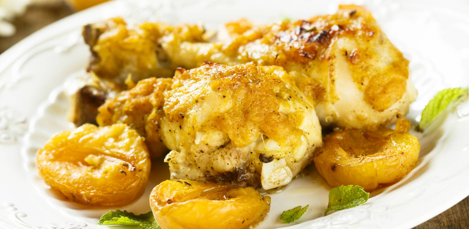 Recette de tajine de poulet aux citrons confits et abricots