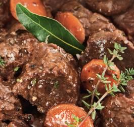 recette boeuf bourgninon, recette viande, bouillon,