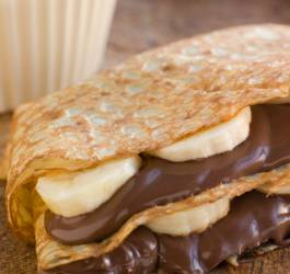 Millefeuille de crêpes banane-chocolat