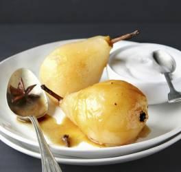 Recette de poires pochées aux épices