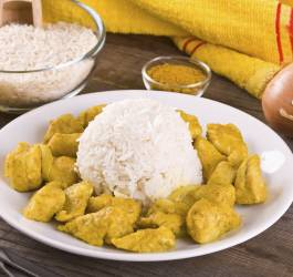 Poulet curry, tomates et lait de coco